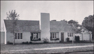 Home of Bahama Shores architect George C. Buchtenkirk as it appeared in 1947. There is a small room attached to the rear of the garage. Bedrooms and private areas are to the left, and public areas to the right. The roof is stepped, flat tile, with a massive chimney. Note the planters.
