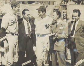 "Bruce Weaver Watters played an active role in community affairs. L-R ""Hammerin"" Hank Greenberg of the Detroit Tigers, radio broadcaster Harry Wismer, Joe DiMaggio of the New York Yankees, Bruce Weaver Watters, and Jack Troy, Atlanta sports editor. Circa 1946 at Waterfront Park Stadium."