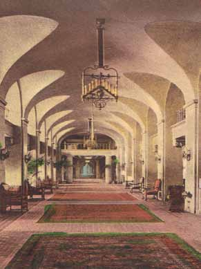 Lobby of the Historic Vinoy Renaissance Hotel. The Vinoy Hotel dates from 1925. It was closed in 1974/75, and reopened after 17 years in 1992. The interior was meticulously restored. Hand-colored postcard, circa 1930.