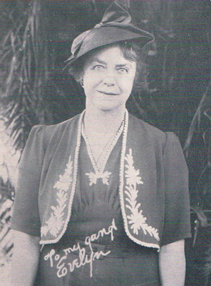 """Evelyn Barton Rittenhouse was co-founder or the Kids and Kubs along with """"Doc"""" M. H. Emory. Evelyn coached first base, image circa 1932."""
