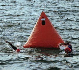 Triathlon open swim in Tampa Bay